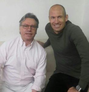 Alfredo mit Arjen Robben in der SOCCARENA